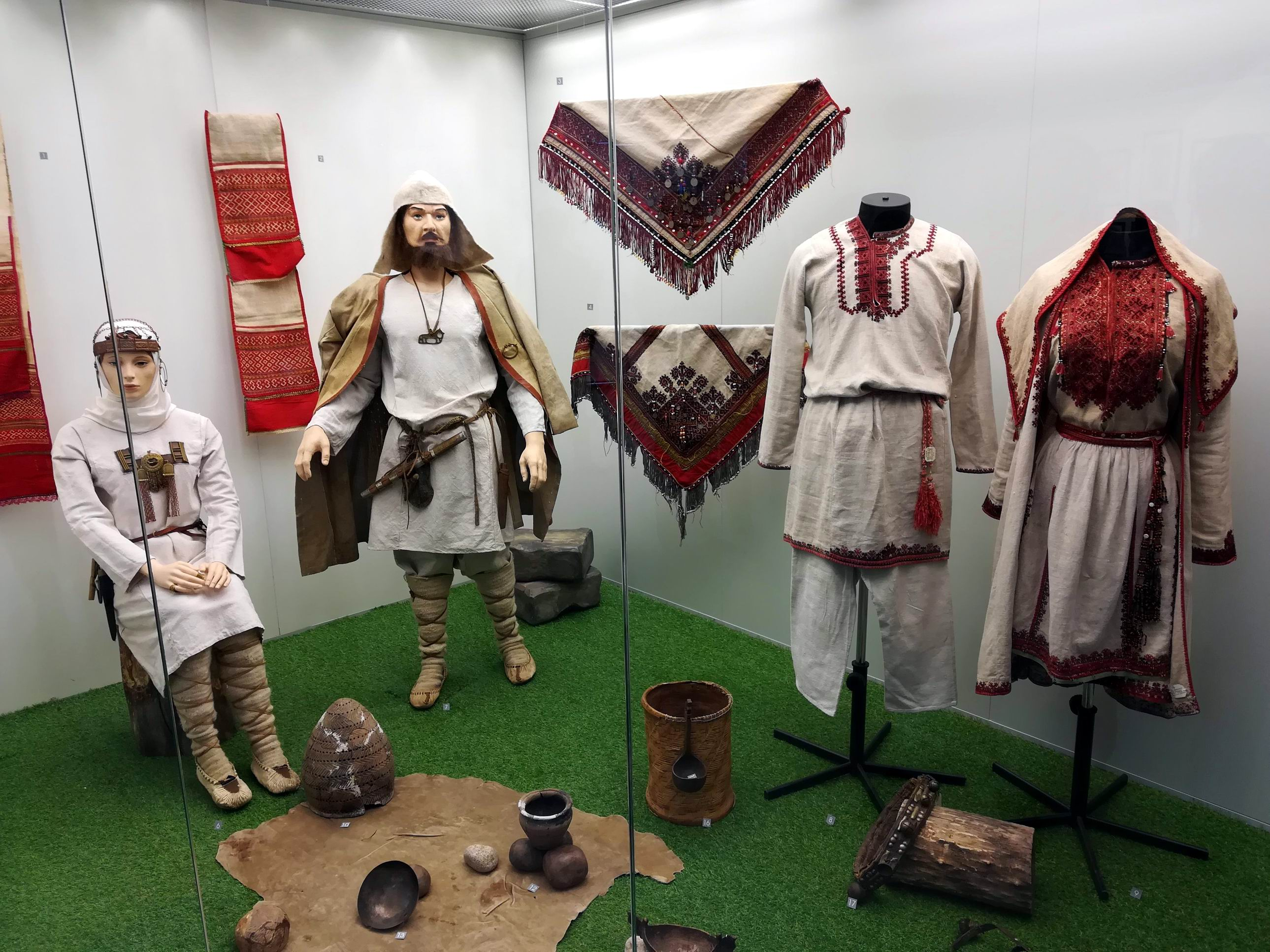 Выставка об истории развития Марий Эл открылась в Йошкар-Оле