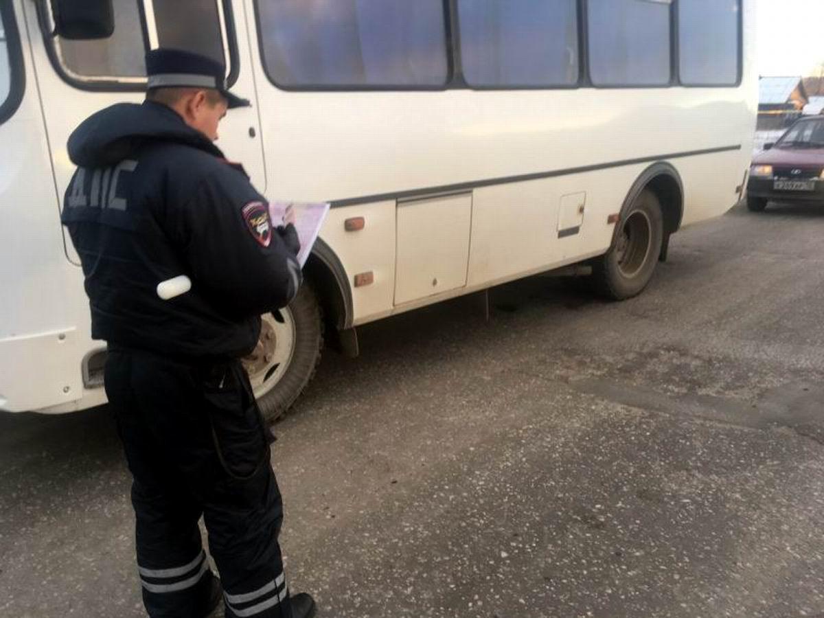 Массовые проверки автобусов проходят на дорогах Марий Эл