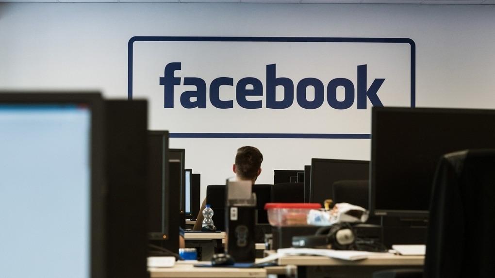 Молодые йошкаролинцы рассказали, как отреагировали на падение соцсетей