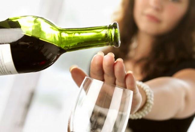 Ученые назвали женский алкоголизм опаснее мужского