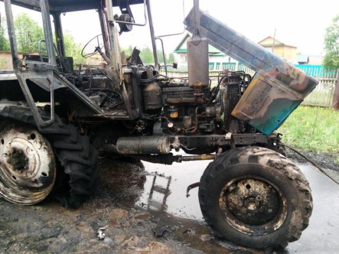 В Марий Эл из-за тополиного пуха сгорел трактор