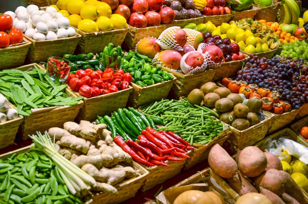 Ученые в РФ создают прибор для выявления химикатов в овощах и фруктах