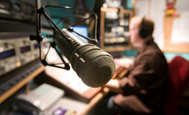 Искусственный интеллект в прямом эфире на радио