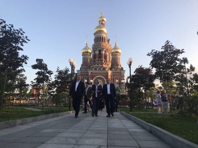 Министр строительства и ЖКХ России совершил экскурсию по Йошкар-Оле