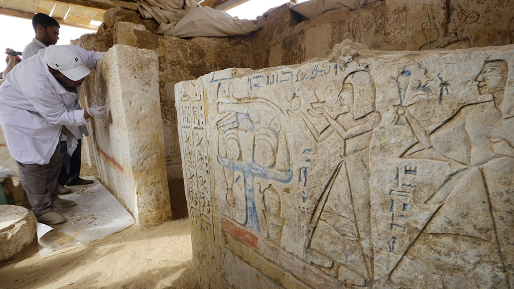 Внутри древней мумии найден древний ритуальный амулет