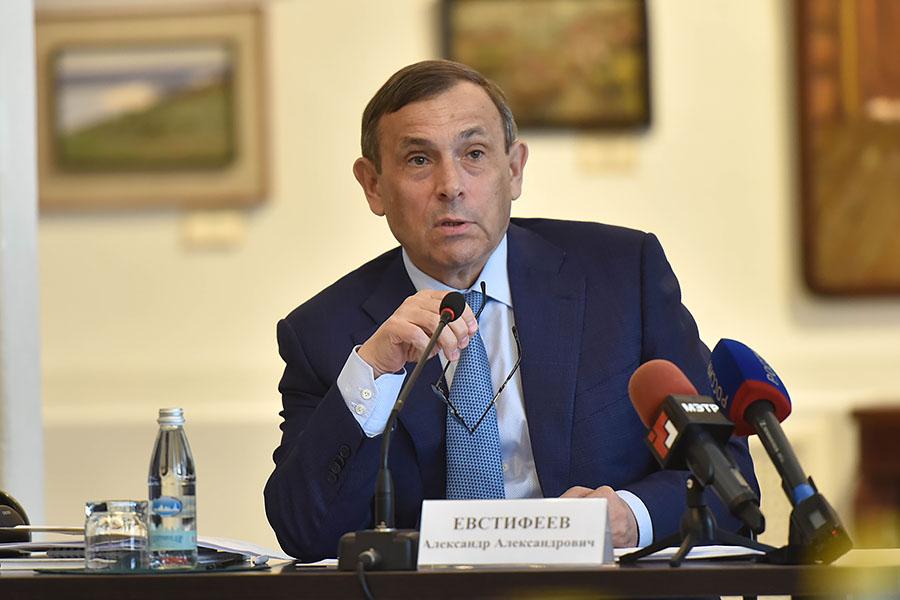Глава Марий Эл участвует в работе IV Московского финансового форума