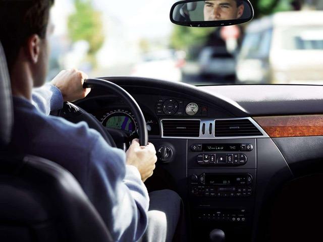 Водителям в РФ перечислены три ненужные опции в автомобиле