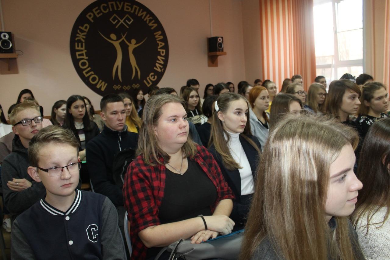 В городе Звенигове откроют добровольческий центр