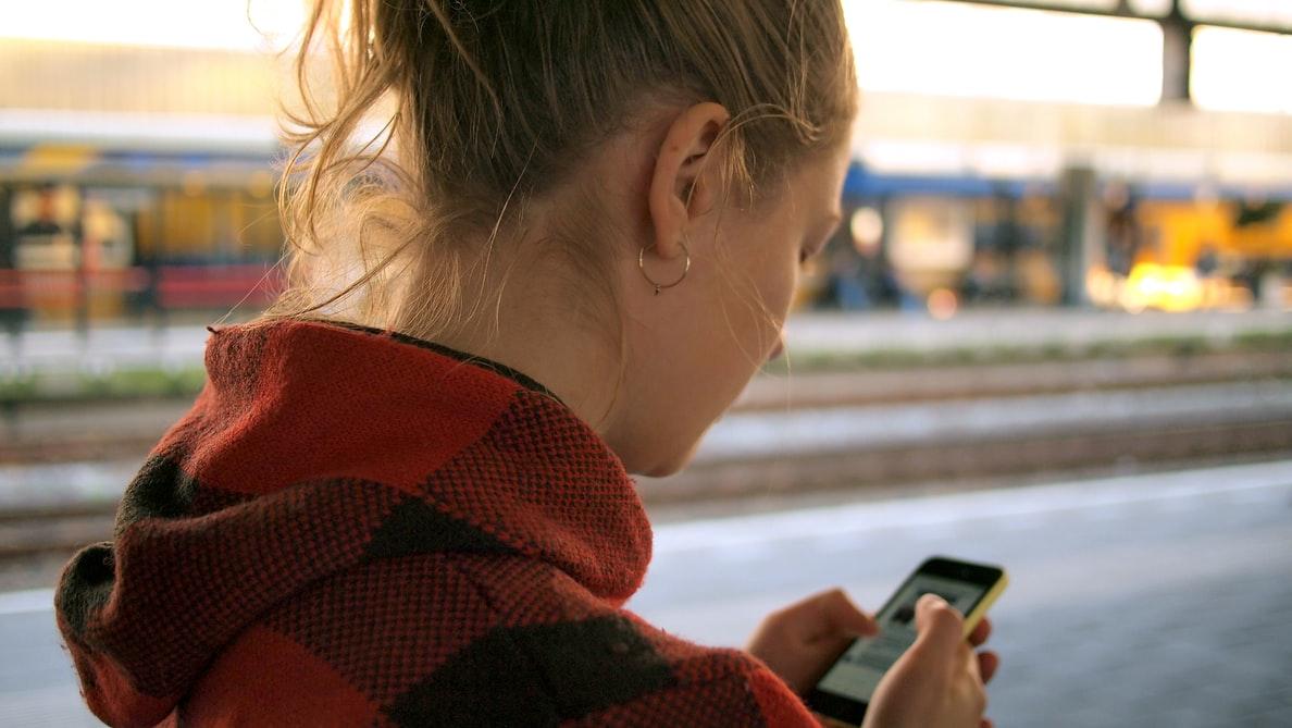 В Йошкар-Оле девушка хотела вернуть смартфон, но лишилась 5 тыс. рублей
