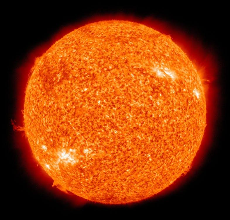 Магнитные волны позволили больше узнать о внешнем слое атмосферы Солнца