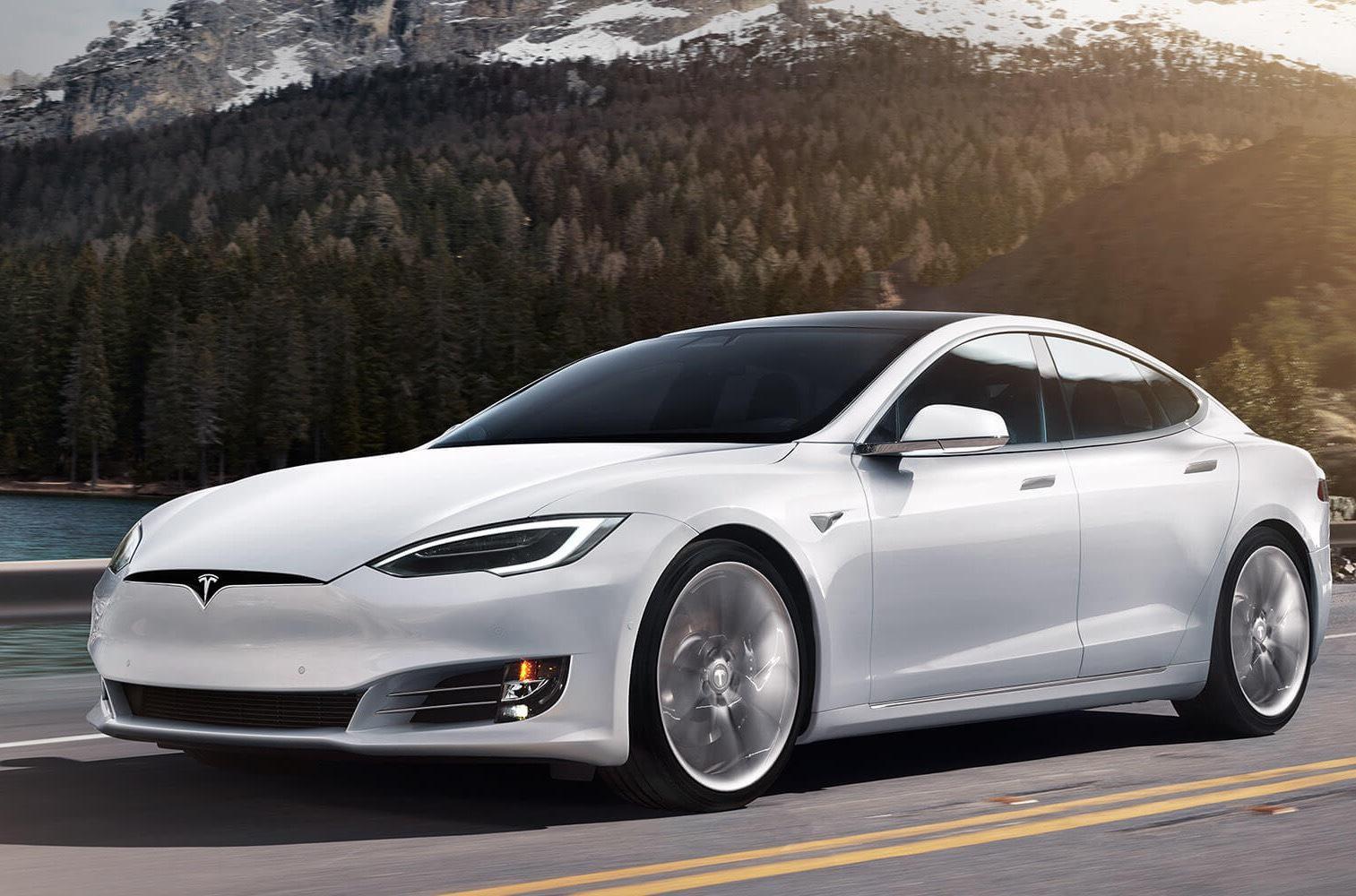 Илон Маск признался, что автопилот Tesla далек от совершенства