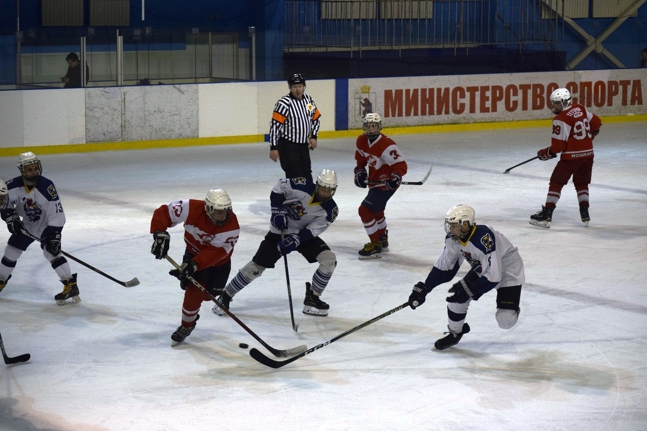 Нейросеть обучили анализировать видеозаписи хоккейных матчей