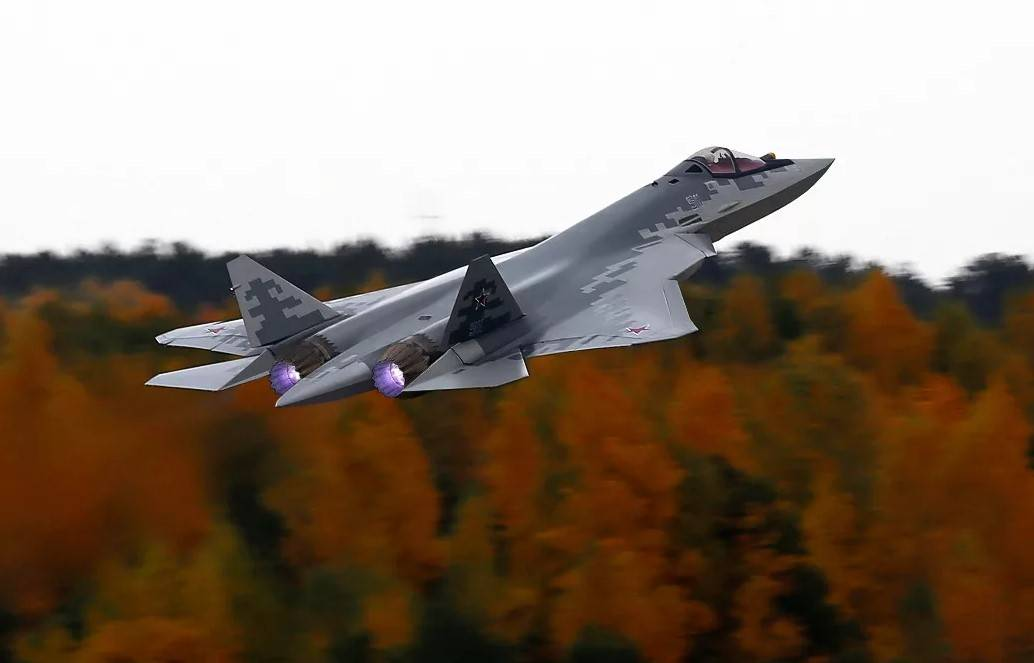В ОАК рассказали об истории создания названия истребителя Су-57
