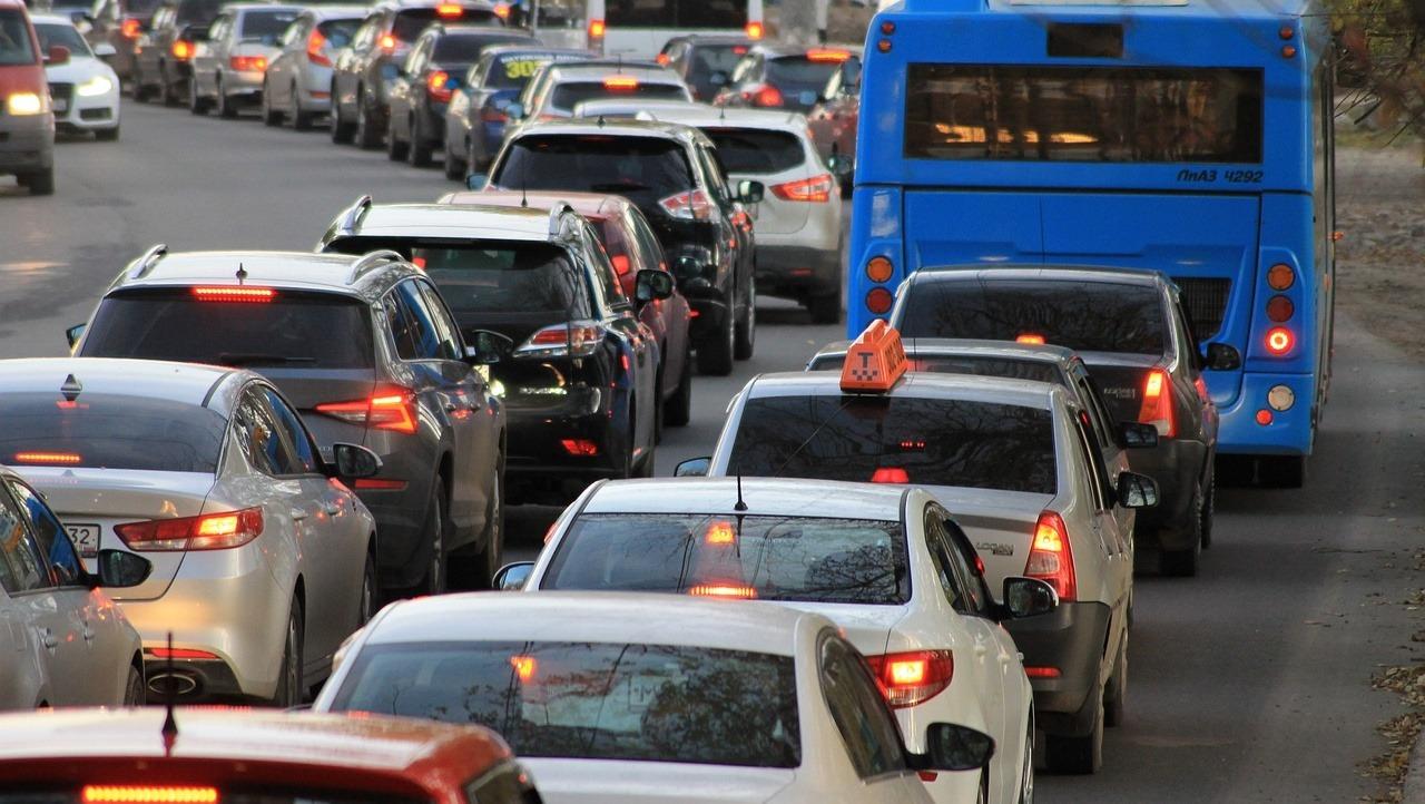 В Марий Эл перекрыт участок загородной автодороги