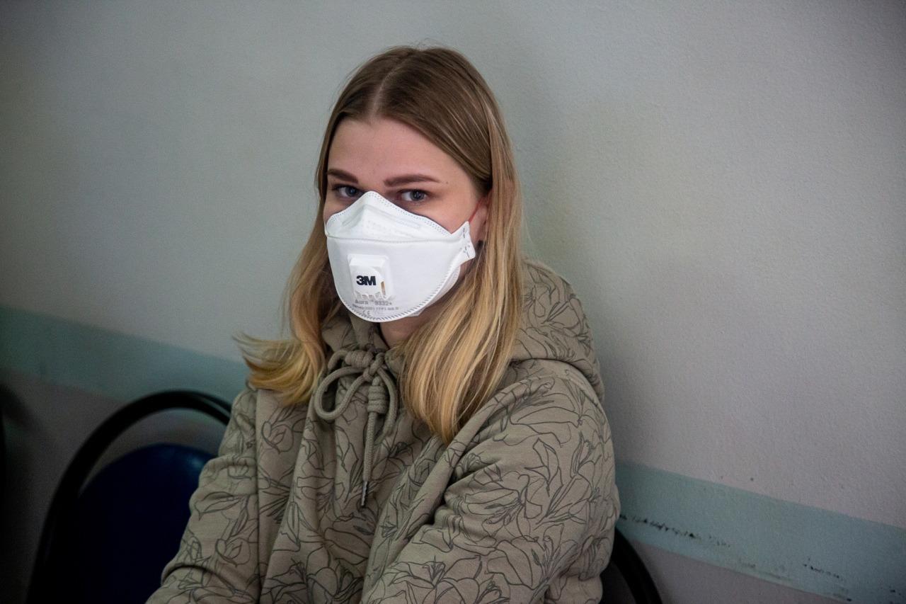Россиянам следует носить маски как минимум до Нового года