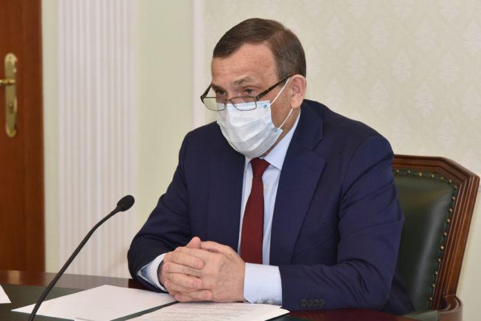 Александр Евстифеев приветствовал участников фестивалей «Шӱвыр» и «Многоликая Россия»