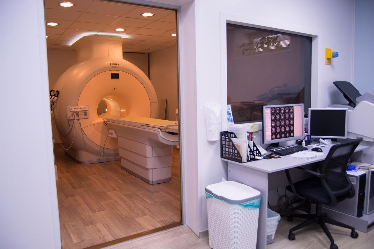 В Кембридже создали тесты на опухоли головного мозга по составу мочи и плазмы крови