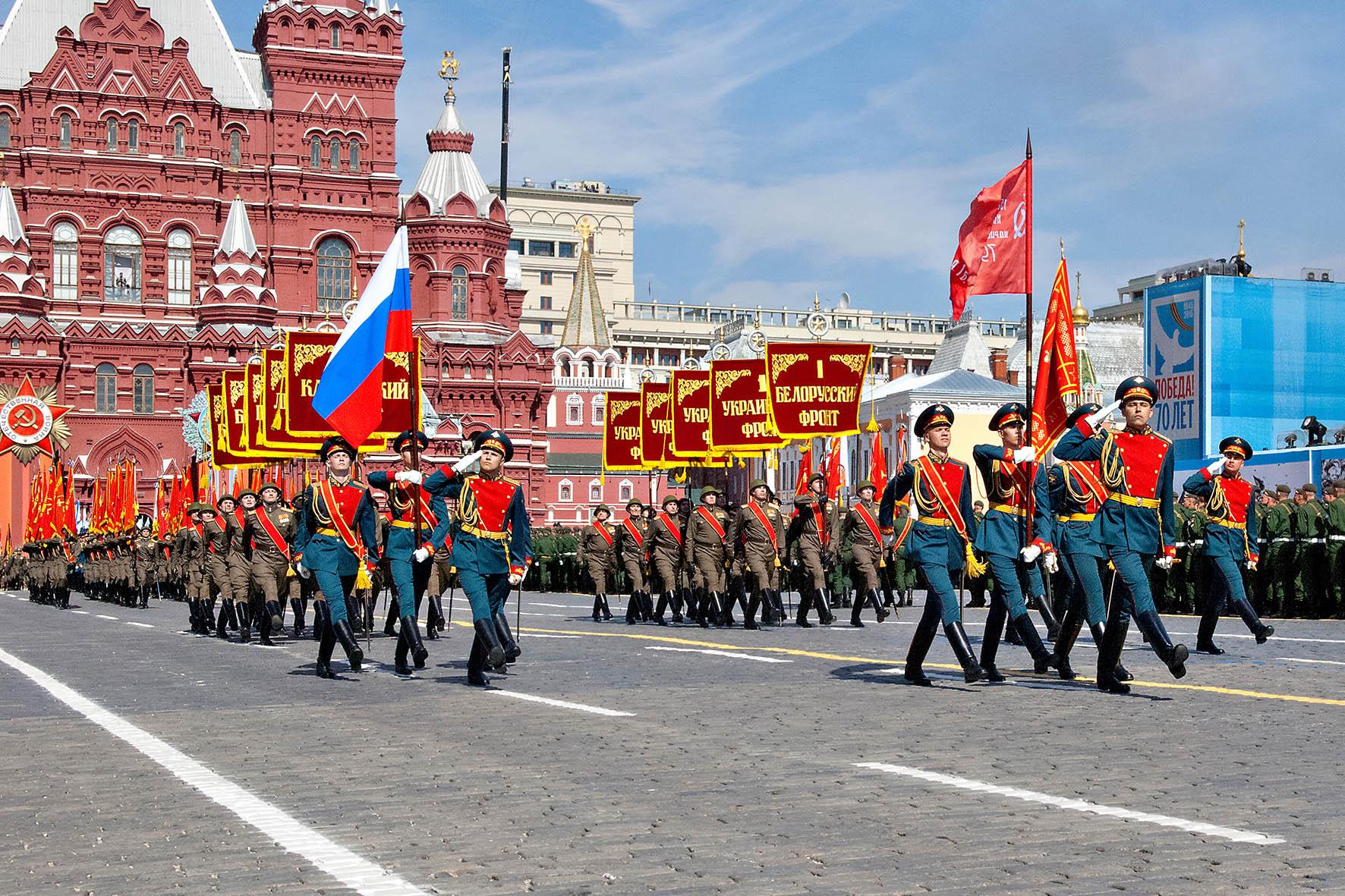 Ветеранов-участников парада Победы в Петербурге привили от коронавируса