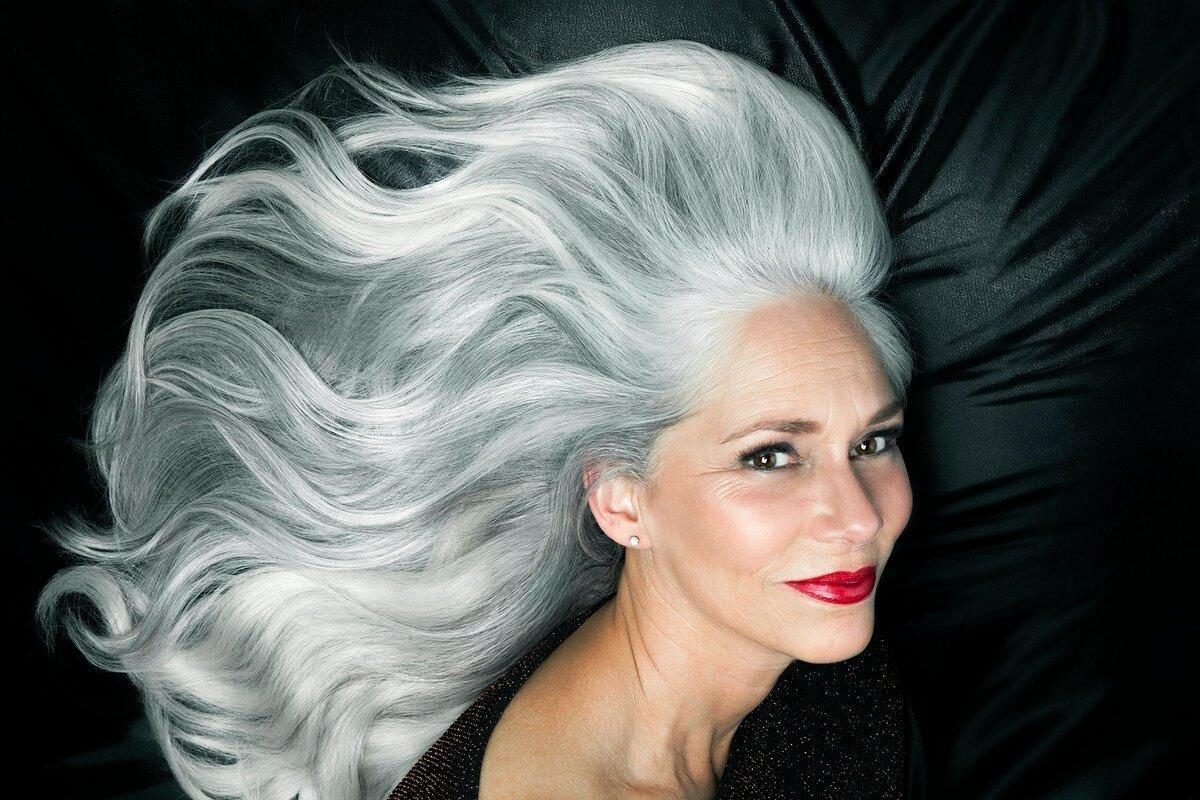 Epoch Times: Седые волосы могут восстановить естественный цвет в отпуске