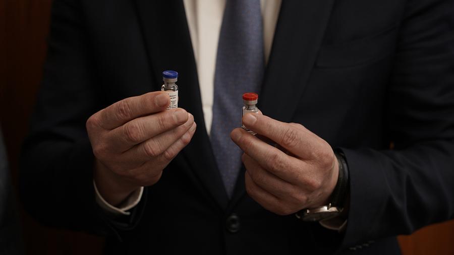 Разработчик оценил воздействие вакцины «Спутник V» на репродуктивную функцию человека