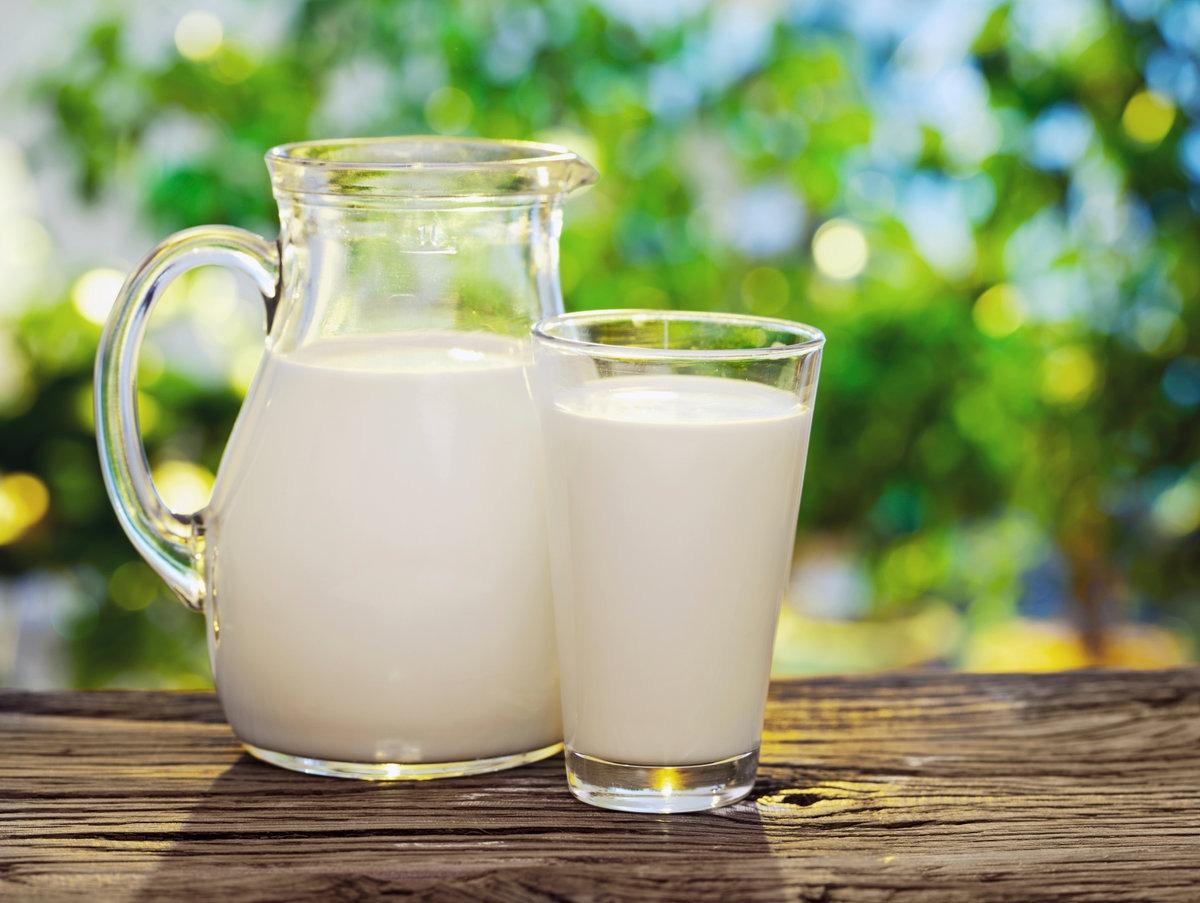 Врач Каран: Употребление молока не укрепляет кости человека