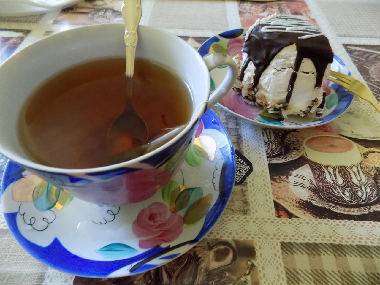 Чёрный чай деактивирует коронавирус в слюне человека