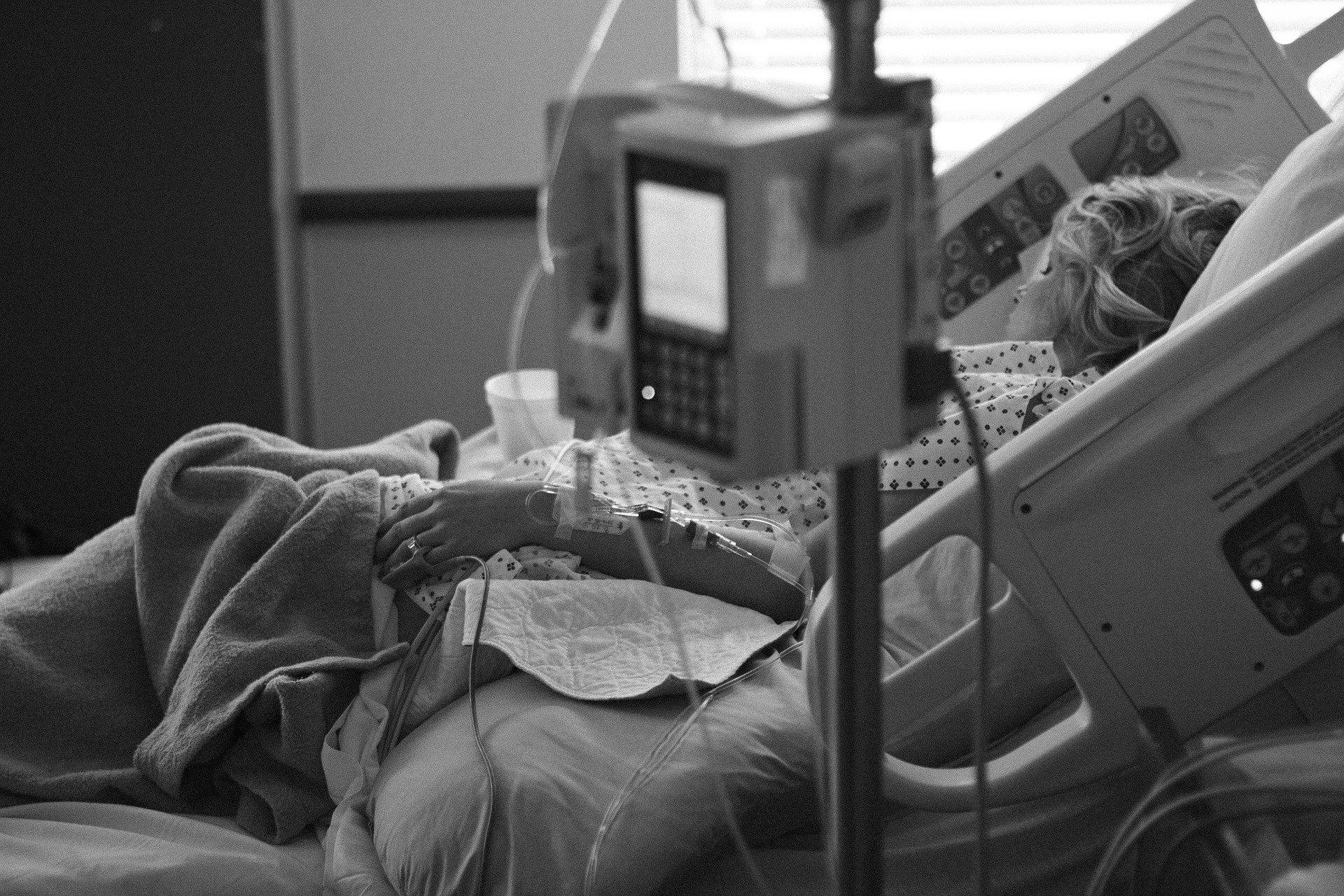 Заражение одновременно гриппом и коронавирусом повышает риск смерти