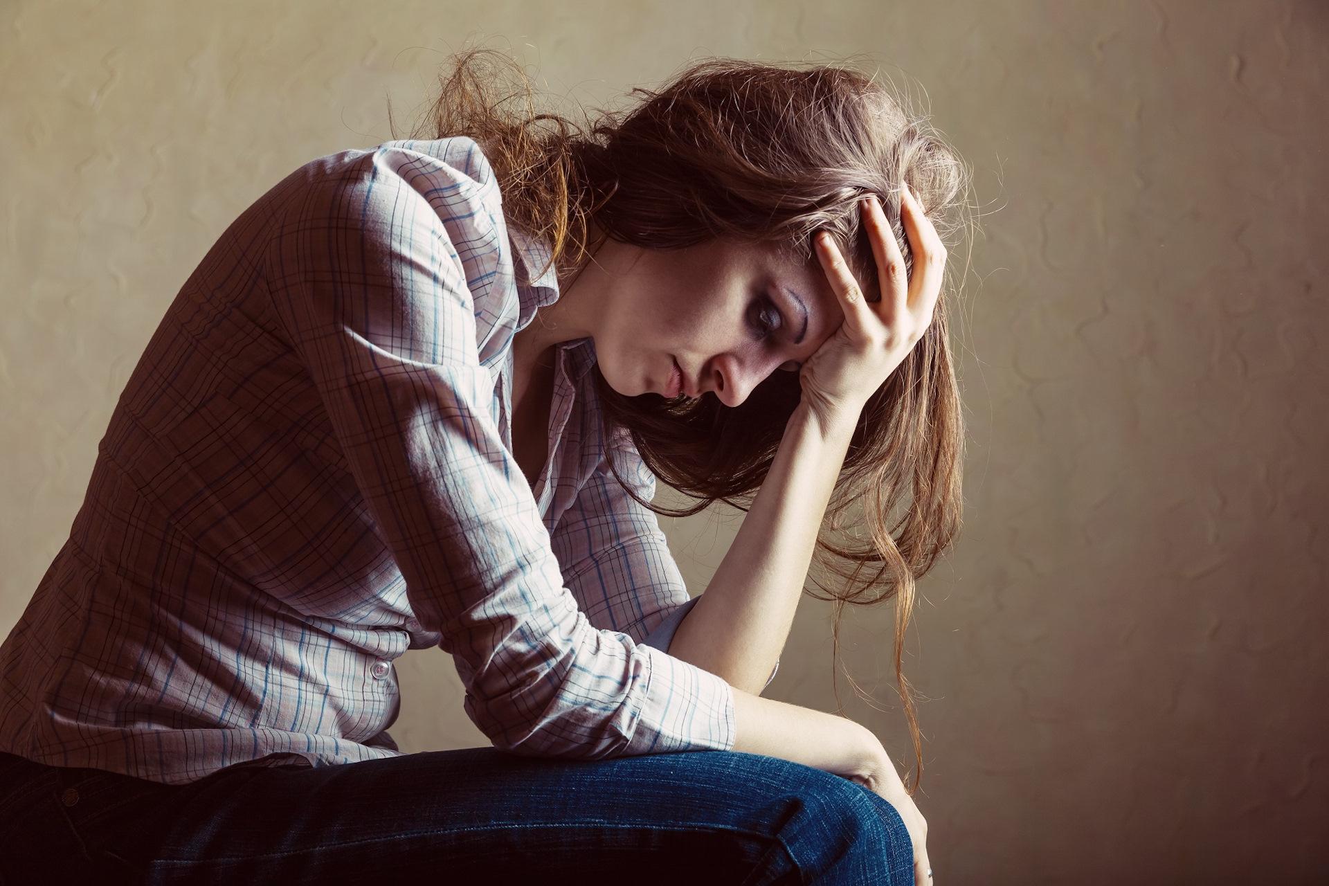 Отказ от вечеринок может привести к появлению у человека депрессии