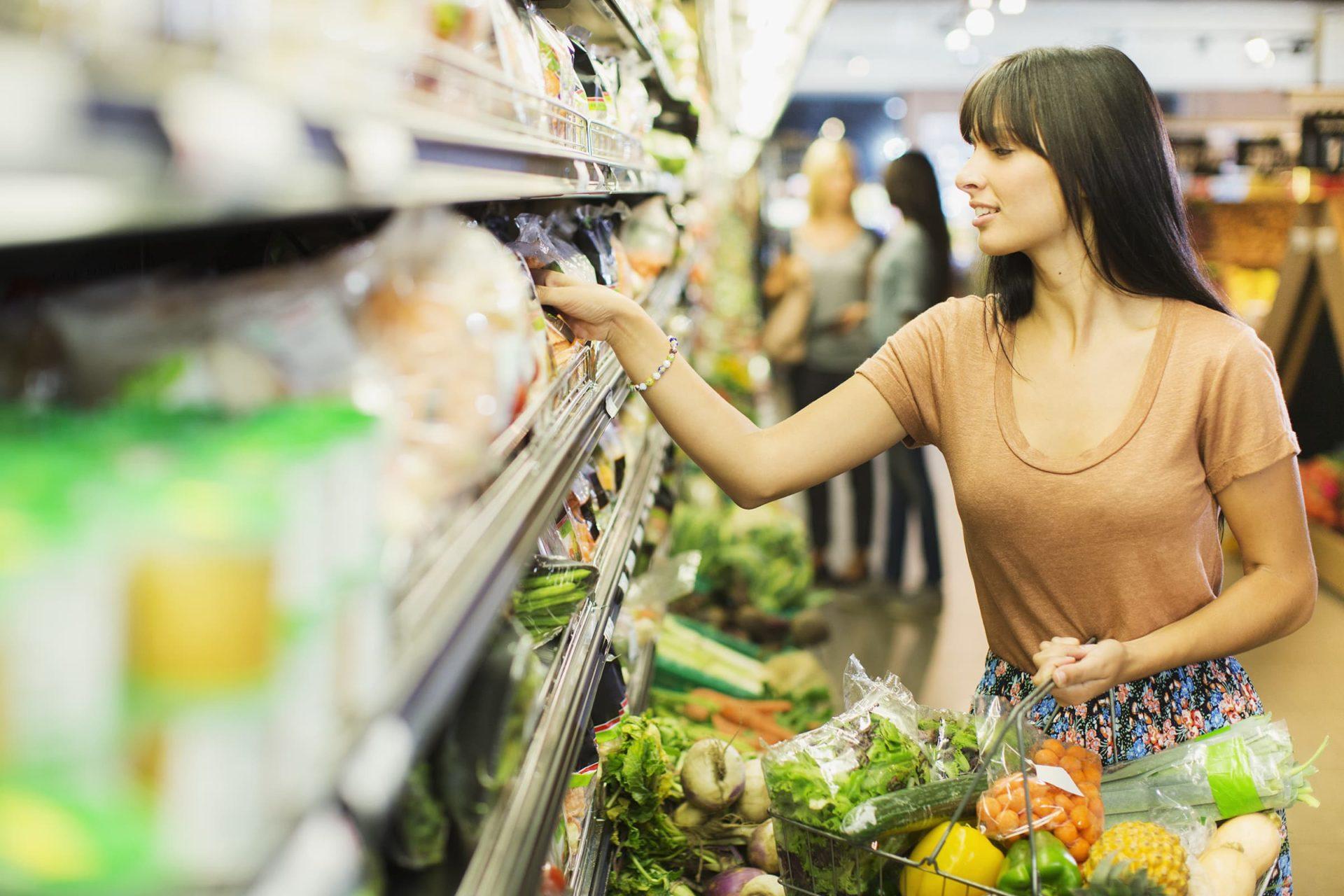 Сахар стал лидером продуктовой инфляции в России за 2020 год