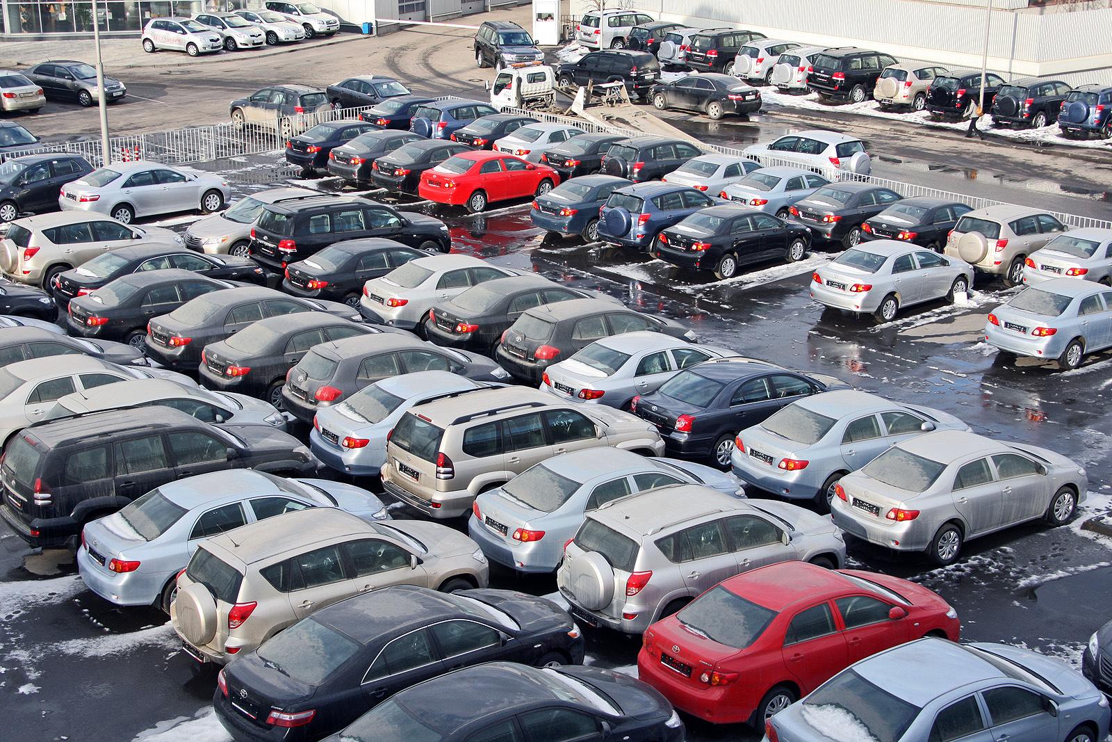 Автомобили подорожали в РФ на 5% в январе 2021 года