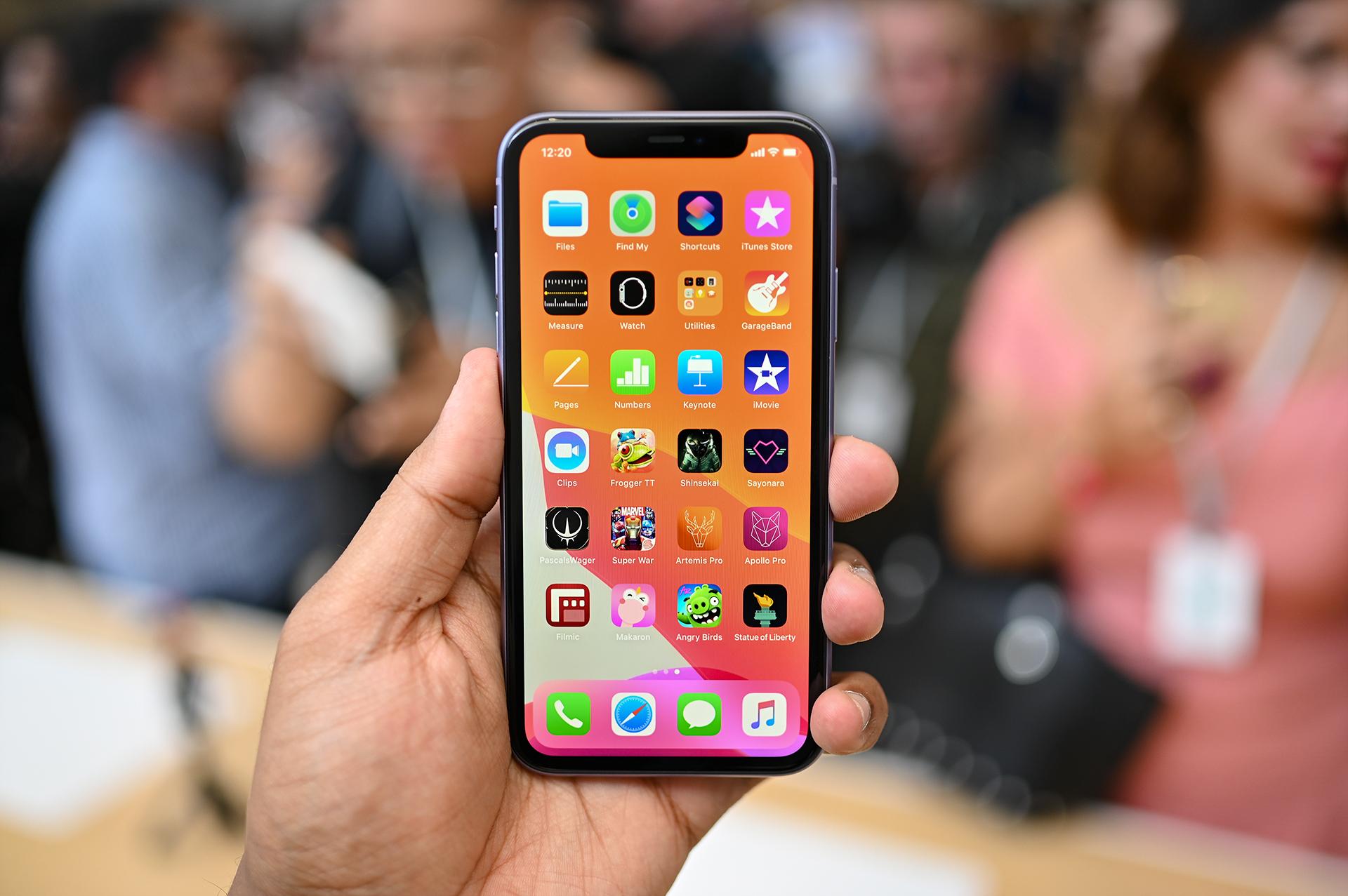В компании Apple признали iPhone 12 опасным для работы кардиостимуляторов