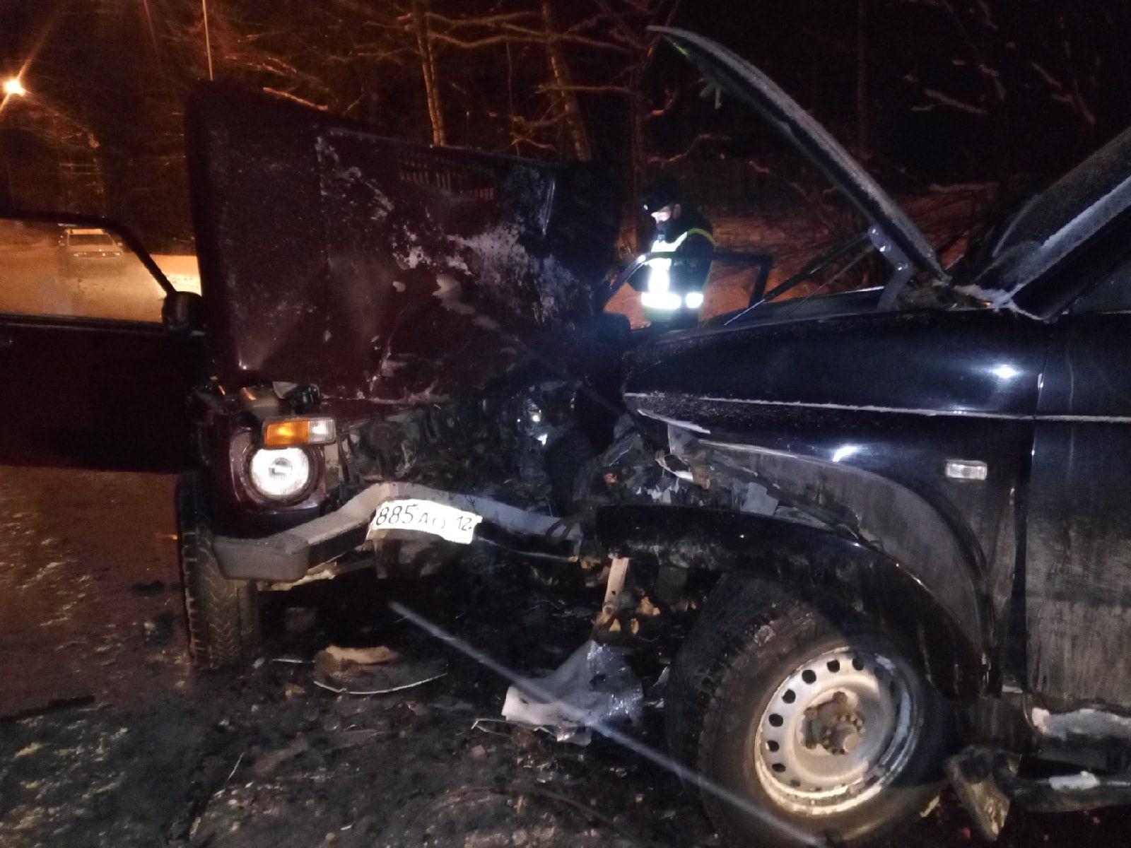 В Республике Марий Эл при столкновении двух машин погибла пассажирка