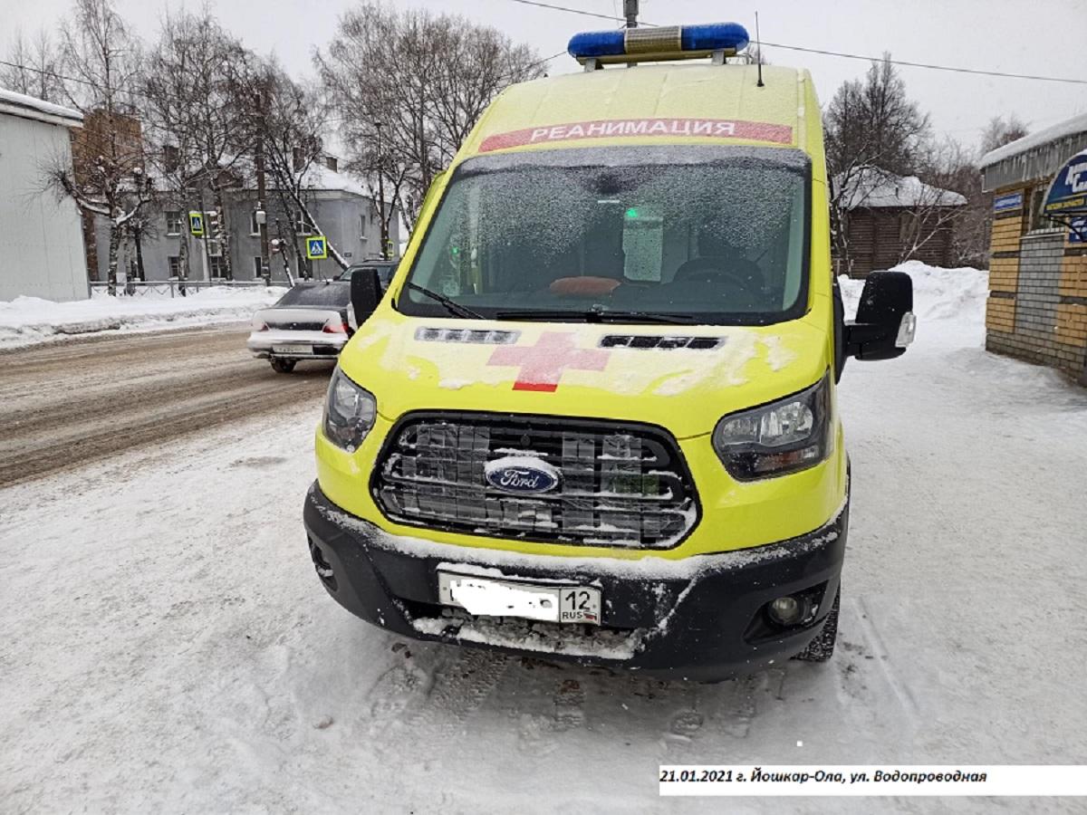 В Йошкар-Оле медработник и водитель скорой помощи пострадали в ДТП