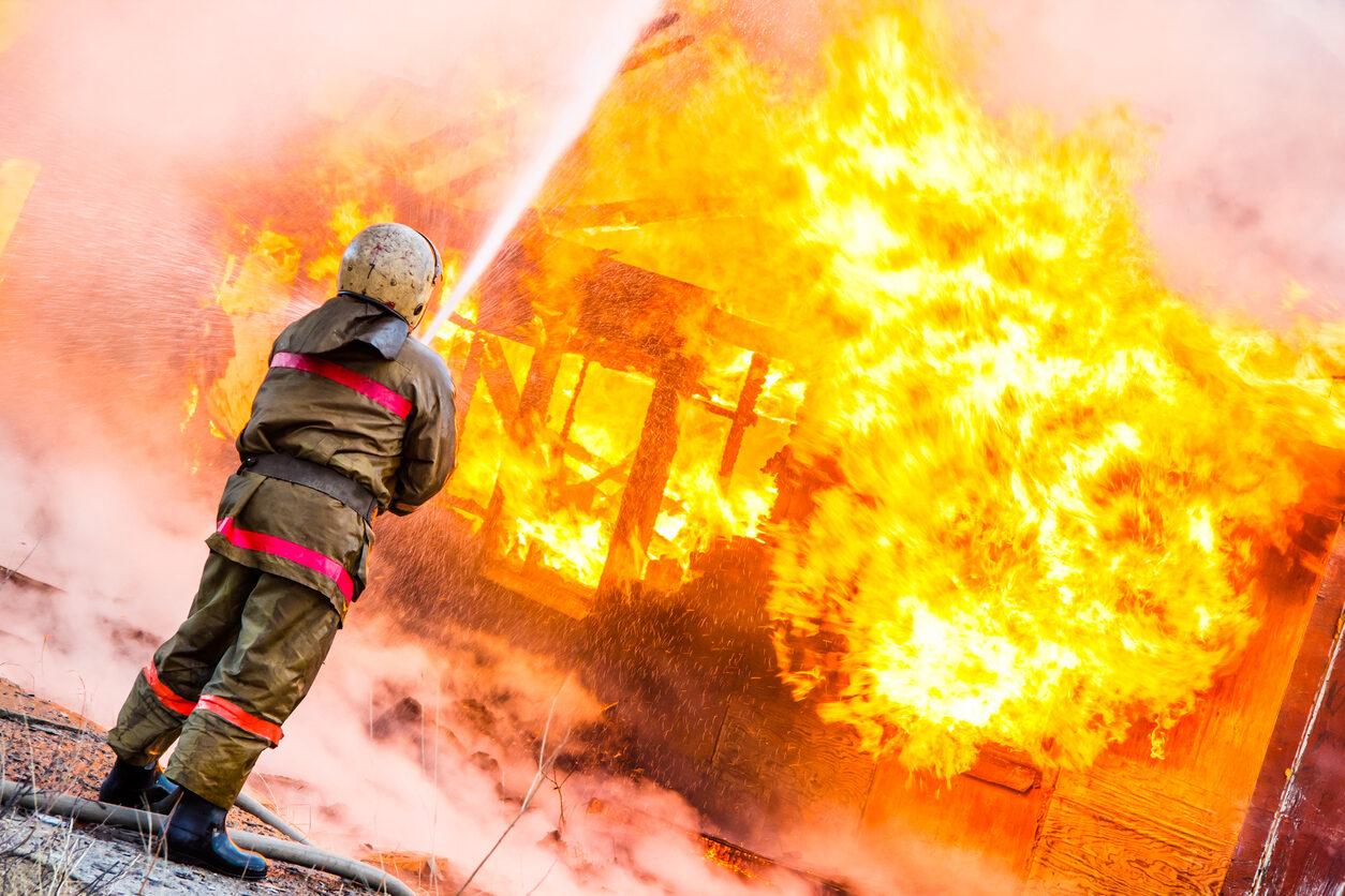 На пожаре в Волжске погибла пожилая женщина