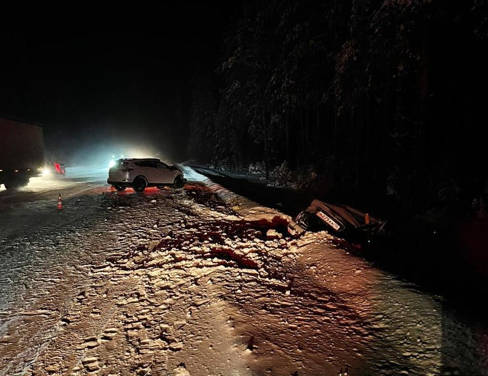 В Волжском районе Марий Эл в ДТП получили травмы водитель и пассажир Lada Priora