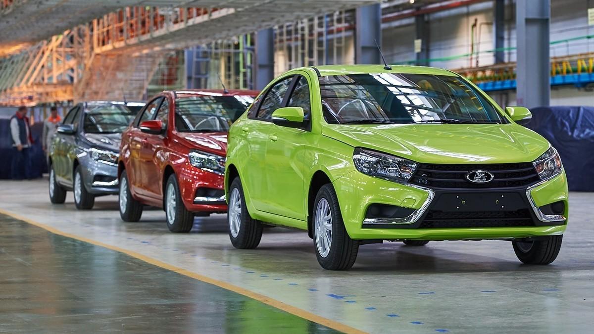Власти РФ направят более 16 миллиардов рублей на покупку автомобилей россиянами