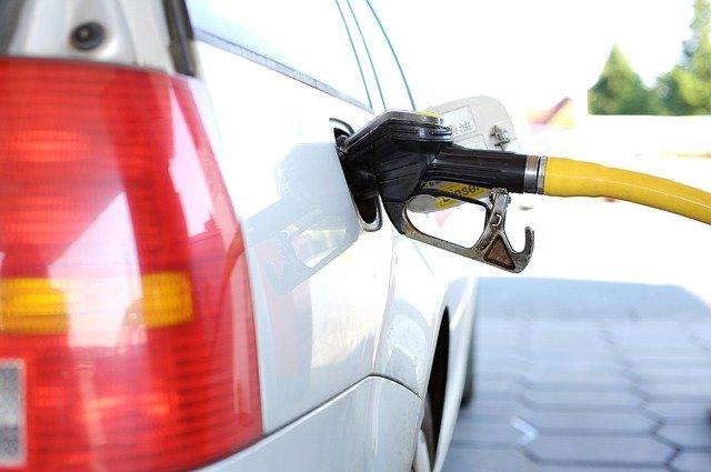 Рост цен на бензин в 2021 году не будет превышать инфляцию
