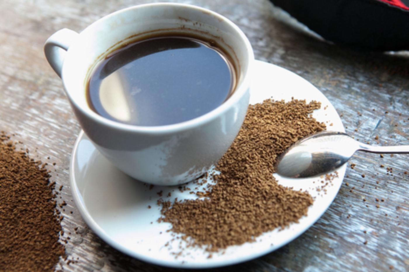 Растворимый кофе эксперты признали полезнее и безопаснее зернового
