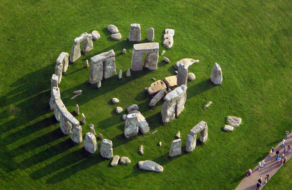 Ученые из Британии нашли в камнях Стоунхенджа частицы старше миллиарда лет