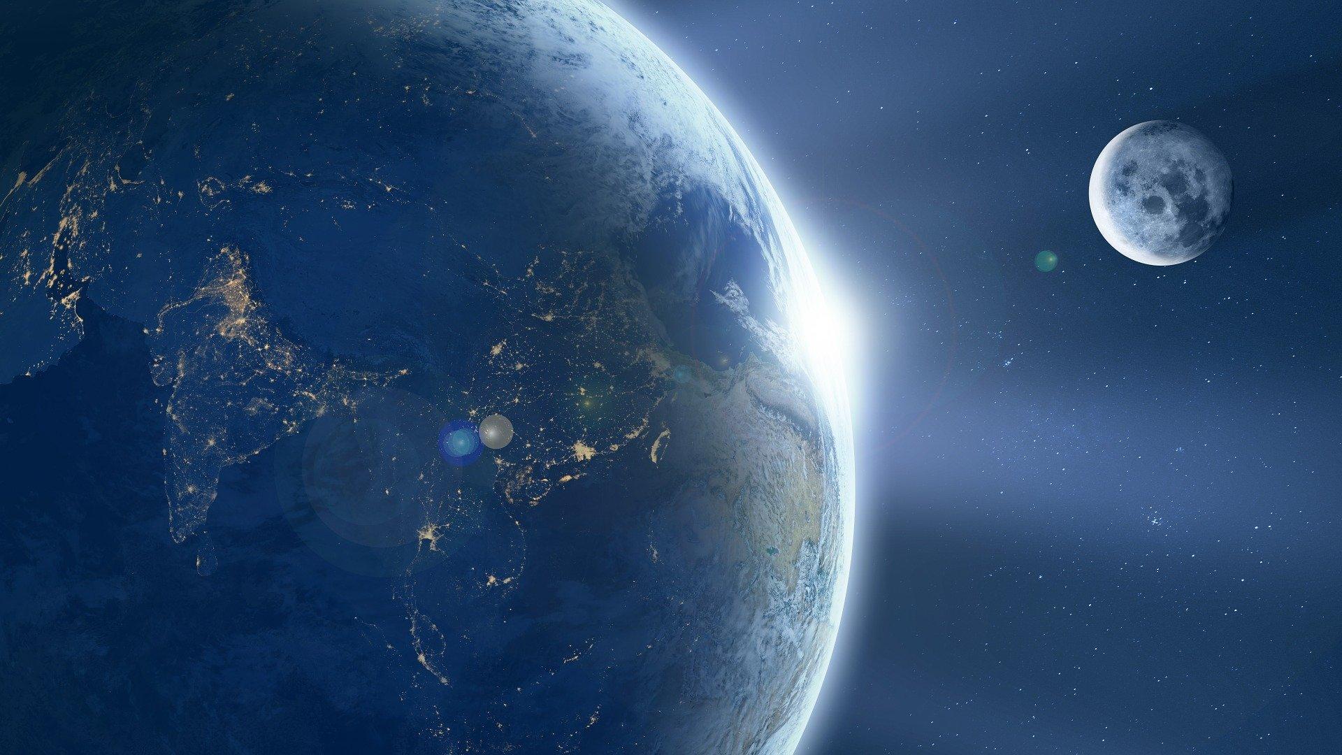 Луна промахивается при падении на Землю из-за вращения планеты