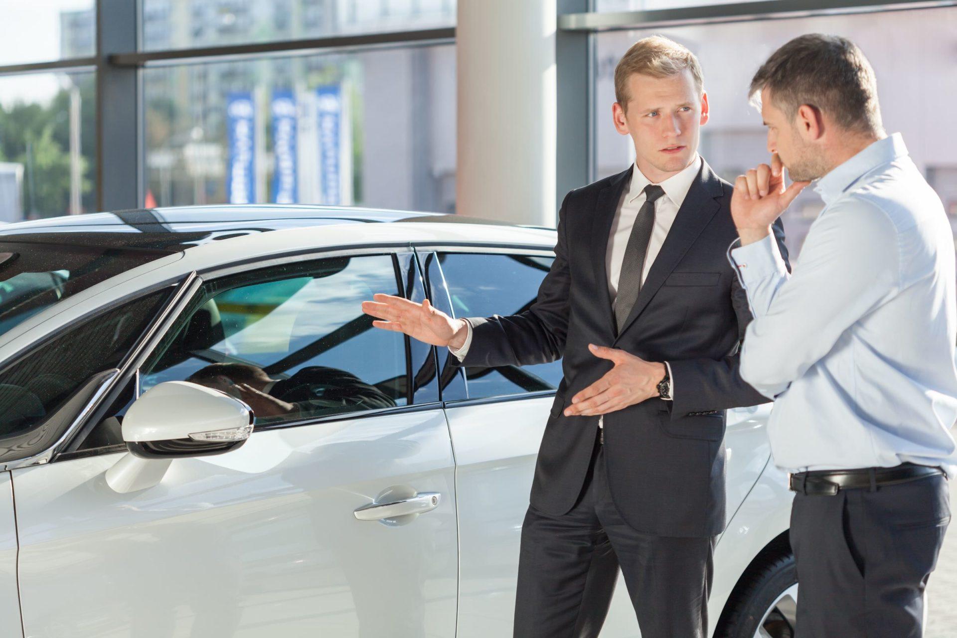 Водителям РФ разъяснили, как избежать покупки «убитого» после каршеринга автомобиля