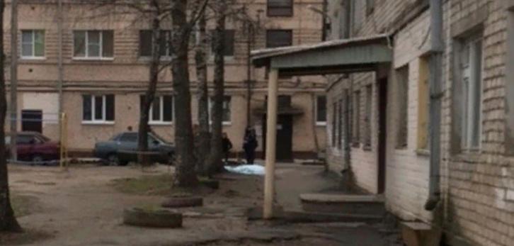 В центре Йошкар-Олы обнаружен труп человека