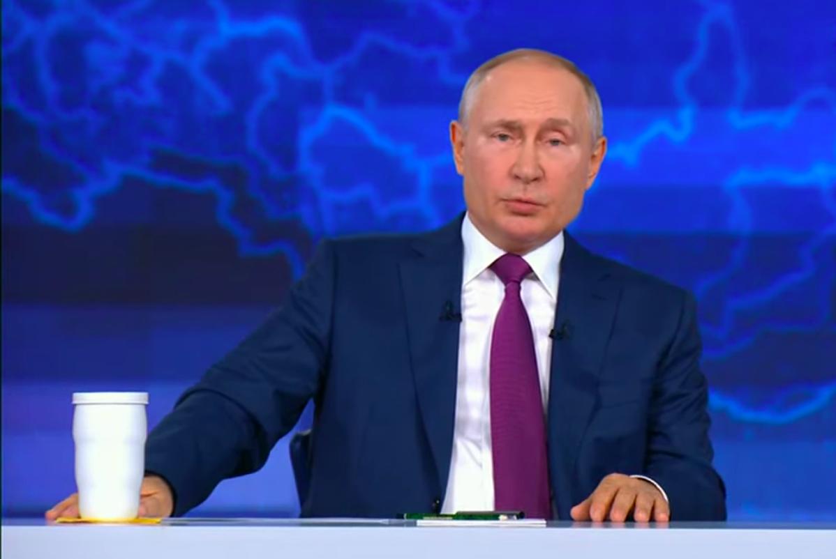 Путин заявил о праве глав регионов вводить вакцинацию для отдельных категорий граждан