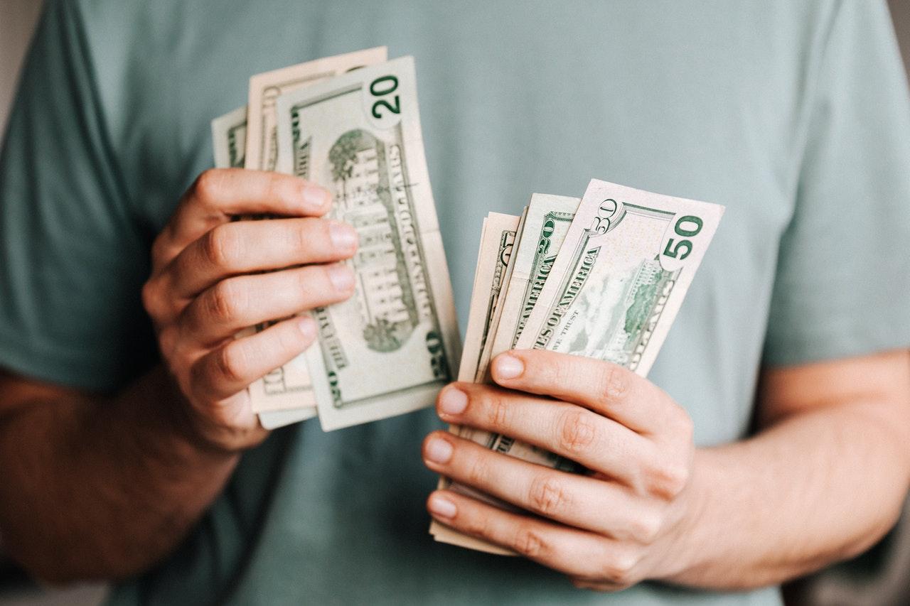 Китайские аналитики дали оценку последствиям отказа России от доллара