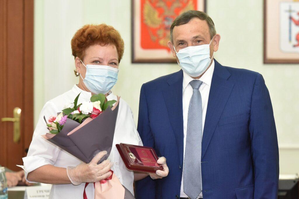 Глава Марий Эл поздравил с юбилеем Министерство финансов региона