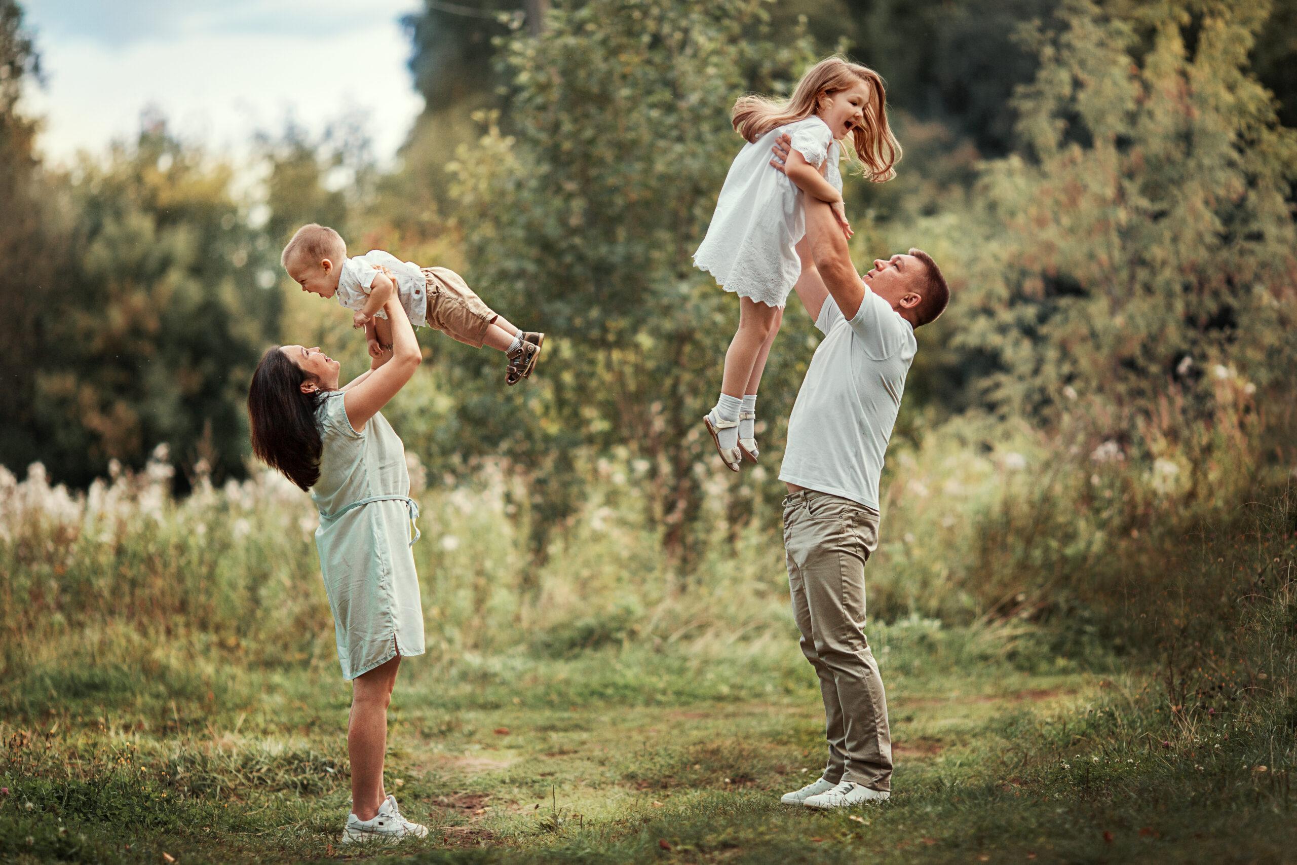 В «Россети Центр и Приволжье Мариэнерго» прошел фотоконкурс «Моя семья – мое богатство!»