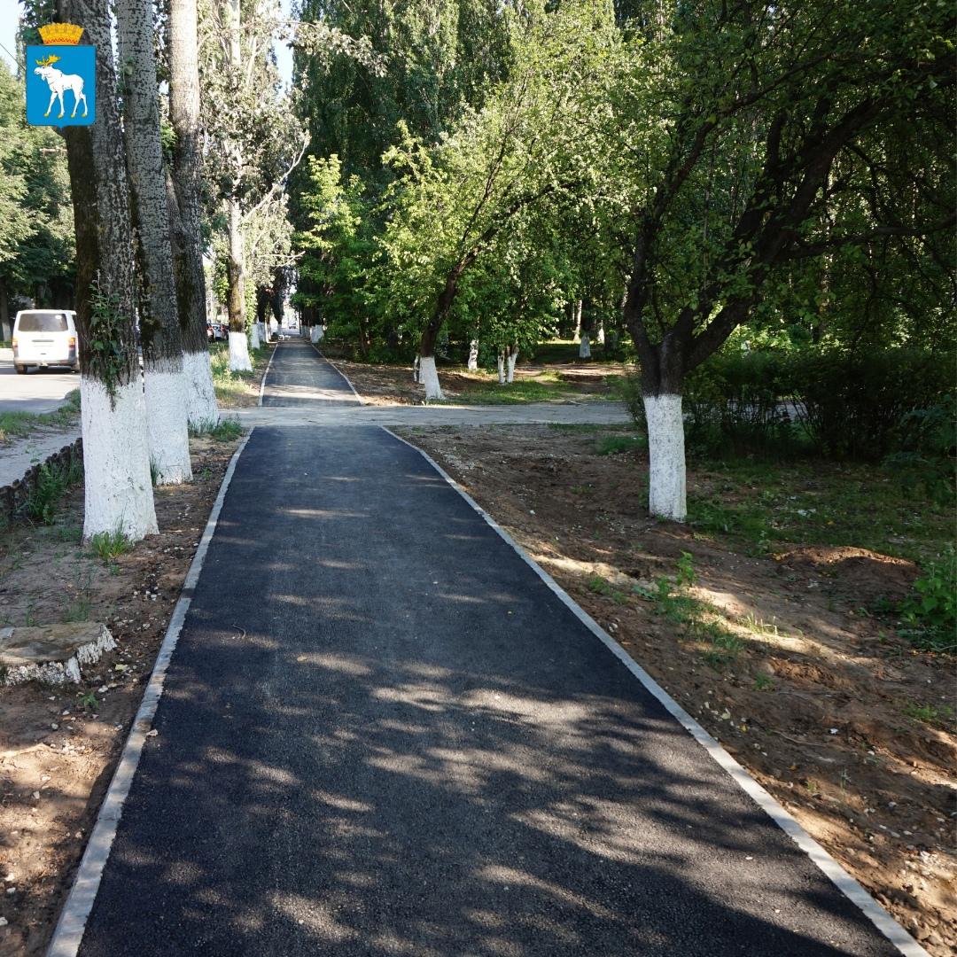 В Йошкар-Оле по нацпроекту завершен ремонт тротуаров на улице Суворова