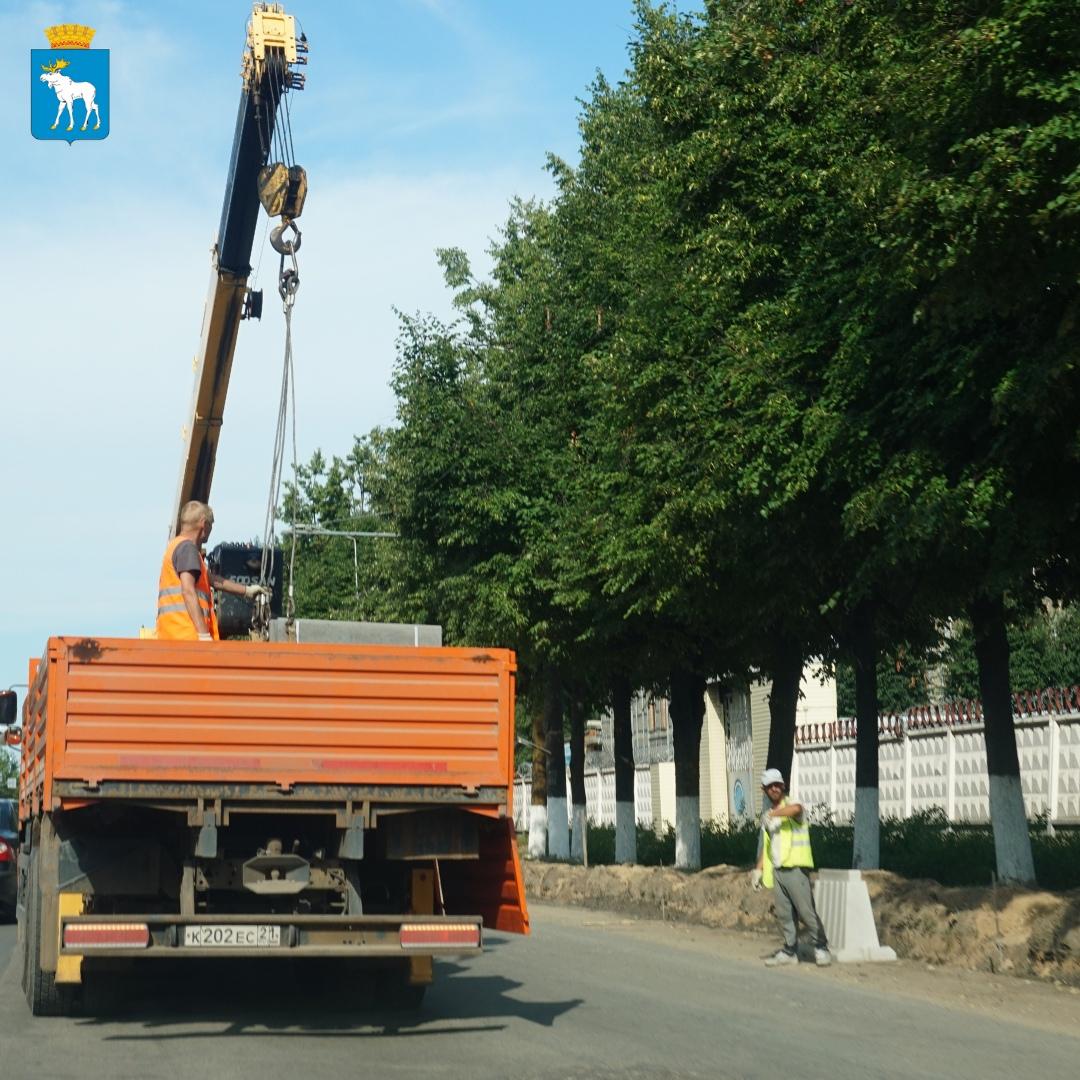 В Йошкар-Оле на Машиностроителей уложили новый асфальт