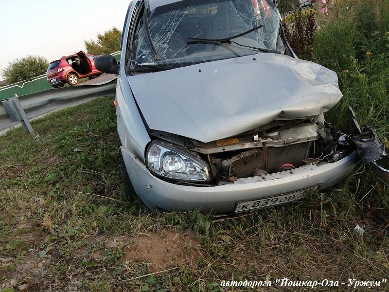 9 июля в Марий Эл при столкновении автомобилей пострадали 2 женщины и 2 ребенка