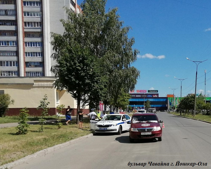 В Йошкар-Оле 6 июля на бульваре Чавайна сбили 11-летнюю девочку